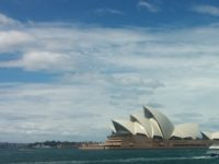 Sydney (Hic!) Opera House