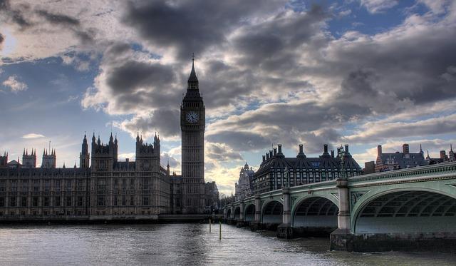Londra chiude le frontiere agli italiani? L'Avvocato risponde a questa domanda