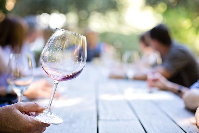 Cercasi manager per import/export di vini