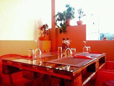 Vendesi ristorante italiano a Capo Verde - Tavoli