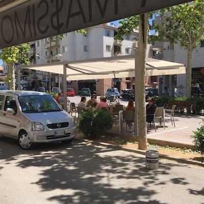 Vendesi caffetteria e vinoteca vicino Barcellona - Terrazza 1