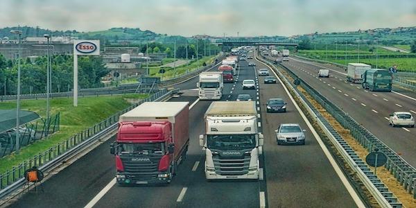 Offerte di lavoro per camionisti all'estero