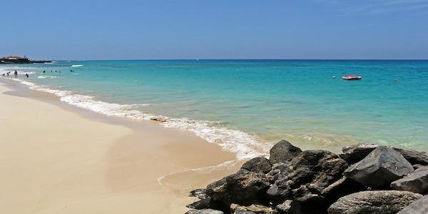 Vendesi bar a Capo Verde