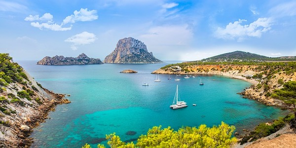 Cercasi Camerieri ad Ibiza