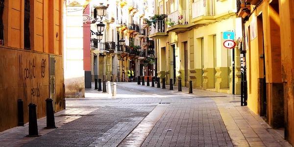Vendesi ristorante italiano nel centro di Valencia