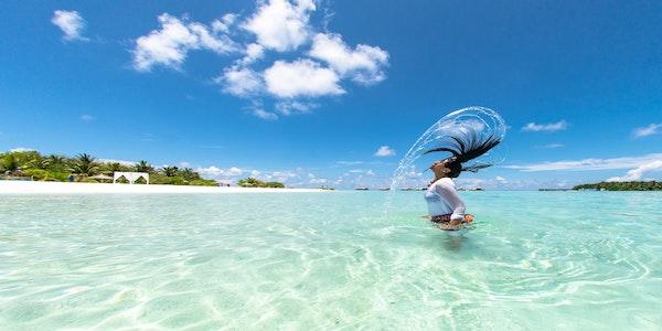 Resort alle Maldive assume personale di lingua italiana