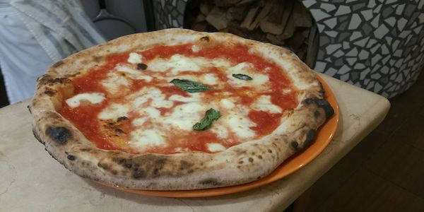 Pizzeria napoletana assume pizzaiolo a Valencia