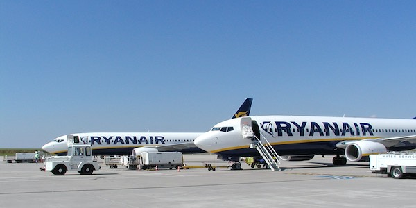 Ryanair riprende a volare dal 1 luglio 2020