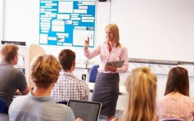 Si assume un insegnante di italiano a Dubai