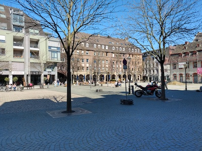 Vendesi ristorante in Germania - Piazza